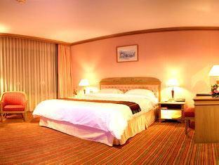 プリンス パレス ホテル (Prince Palace Hotel)