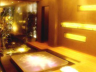 グランデ センター ポイント ラチャダムリ ホテル
