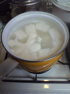 米のとぎ汁で大根をやわらかくj