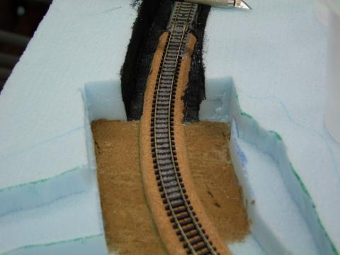 トンネル入り口塗装例