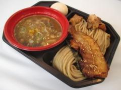 「大つけ麺博 日本一決定戦2」第二陣 ~昨年王者『中華蕎麦とみ田』の「八年目の豚骨魚介」~-7