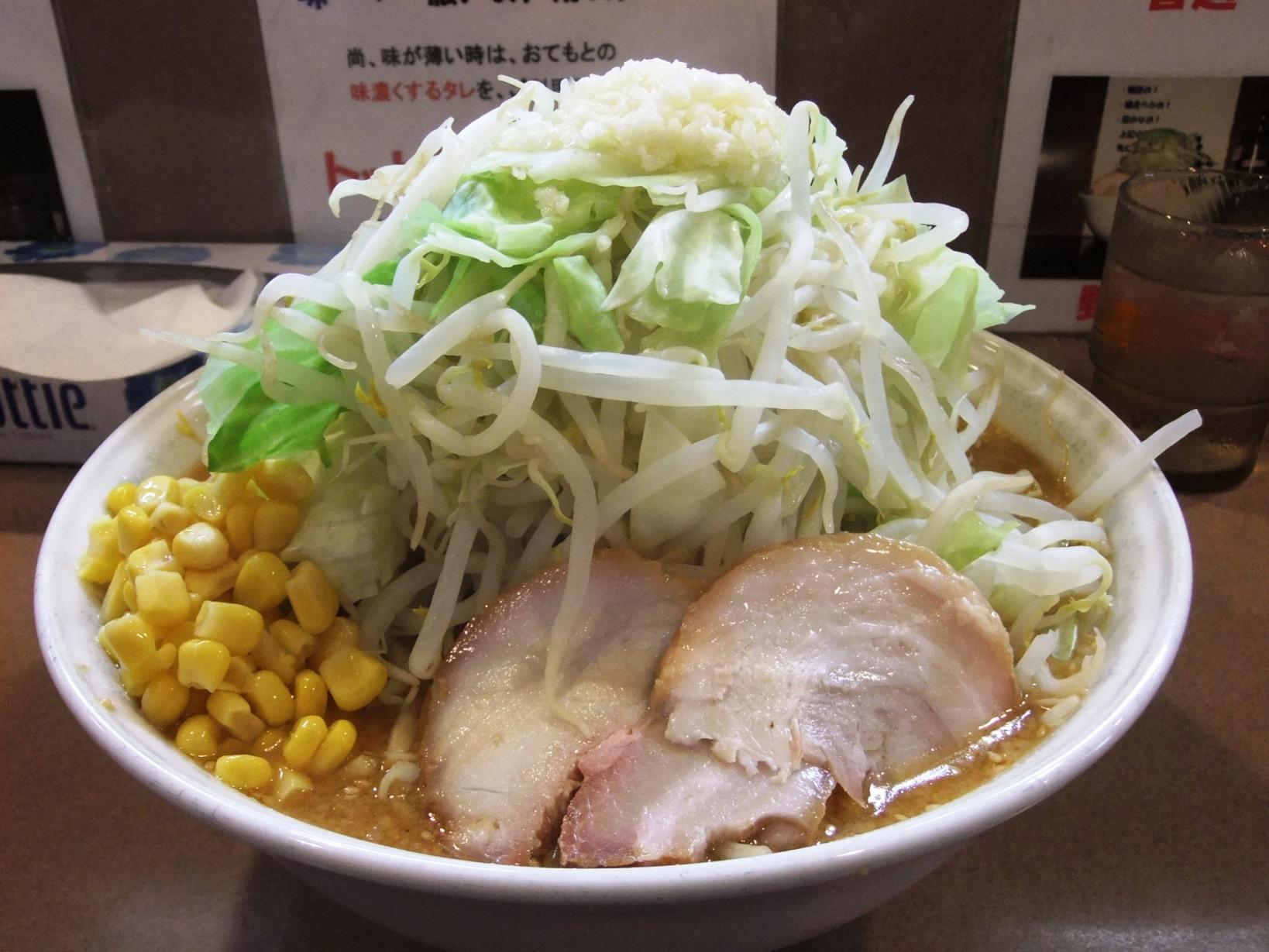 ラーメン どん:大味噌ラーメン(ヤサイマシマシニンニクアブラ) 10.08.08