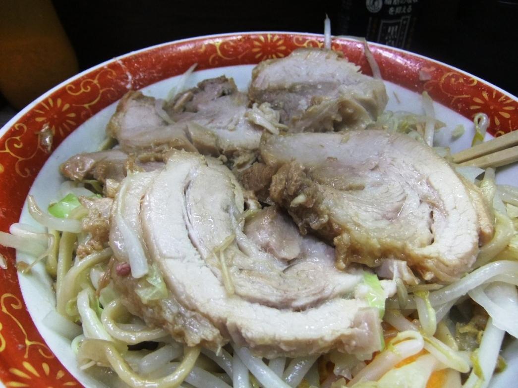 ラーメン二郎 横浜関内店:豚 10.10.03
