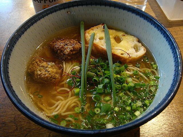コンソメ風スープのラーメン@ぼぶ亭
