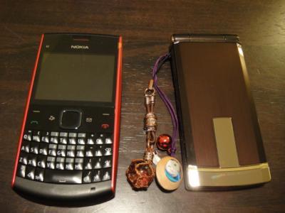 ポーランドと日本の携帯
