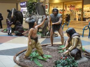 3 2012 ショッピングセンター内でイベント