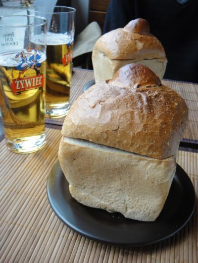 4 2012 トルンレストラン(MANEKIN)