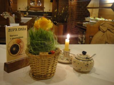 4 2012 トルンレストラン(Karczma)