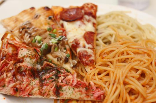 シェーキーズのピザ&パスタ