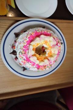 ものすごく甘そうなケーキ