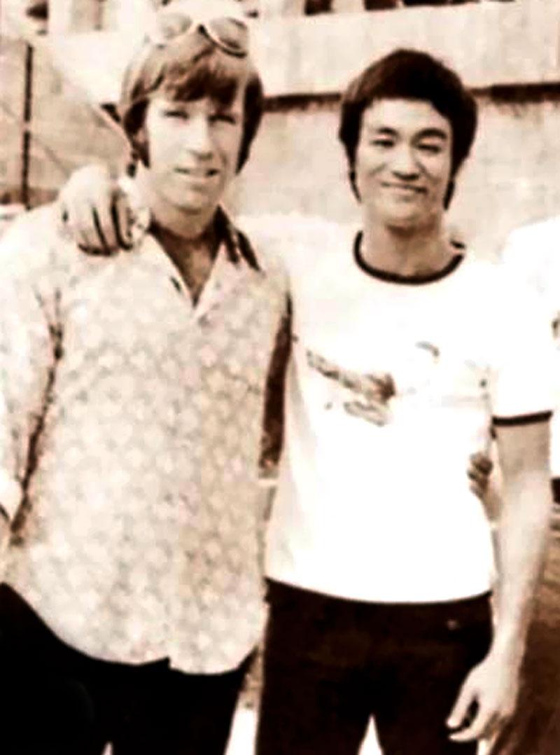 Chuck-Norris-and-Bruce-Lee.jpg