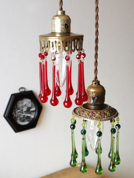 アメリカ ヴィンテージの真鍮製1灯シャンデリア ガラスプリズムが綺麗