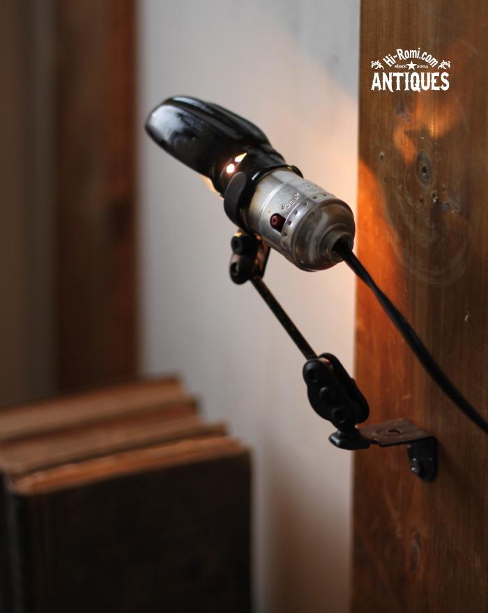 2012auction083 LEVITONソケット工業系角度調整付ミニライト/アンティーク照明