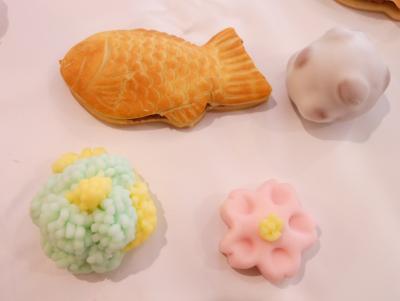 たい焼きと和菓子T