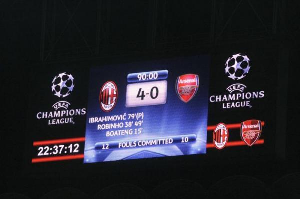 2011-2012+UEFAチャンピオンズリーグ決勝トーナメント1回戦+1st+leg+ACミランvsアーセナル+スコアボード_convert_20120216213222.jpg