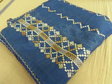 スカーフ青