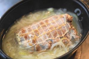 豚肉の白ワイン煮込み6