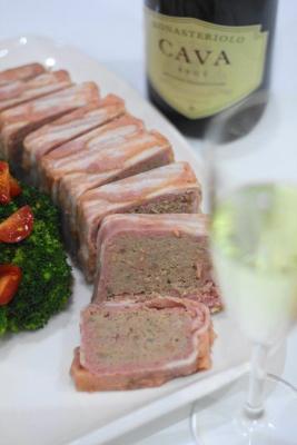 豚ひき肉とベーコンのお手軽パテa