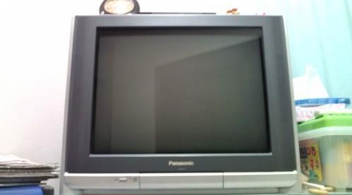 大型テレビ1
