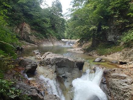 お函前衛の滝