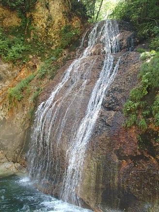 お函出口支流の滝