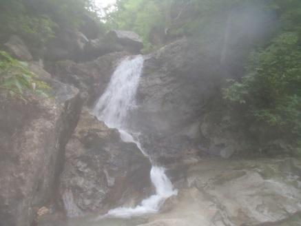 北ノ又沢左股出合6m滝