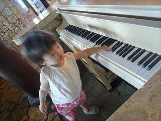 110911_ムーンシェルのピアノ (3)