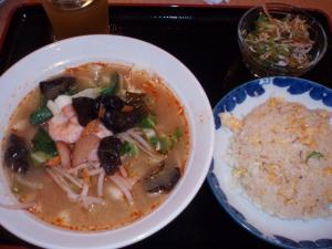 20100903トムヤムクン麺セット¥880