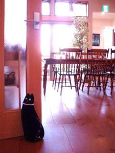 201009ドアストッパー猫
