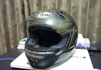 アライのヘルメット