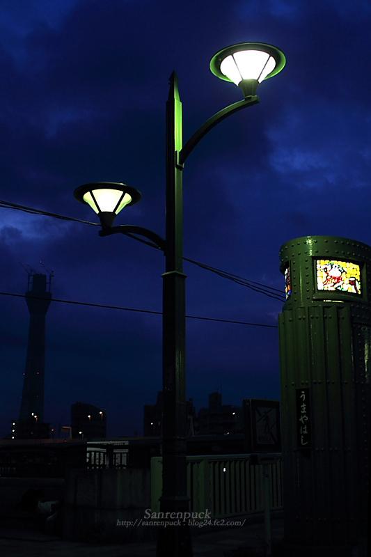 街灯のある風景 at うまやばし
