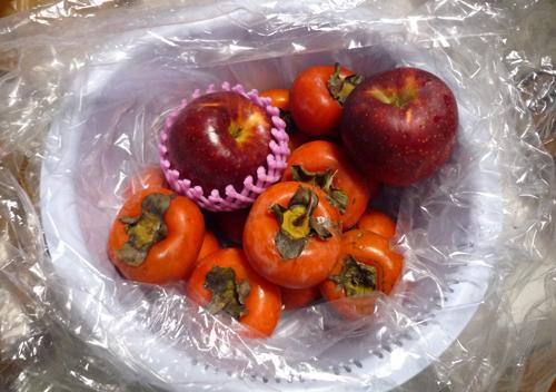 柿とリンゴ