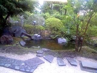 ●●荘のお庭
