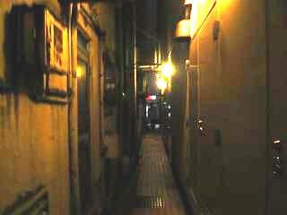 夜の銀座(裏通り)