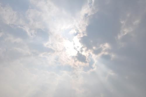 かすかな太陽