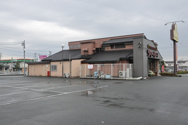 DSC_0366 駐車場
