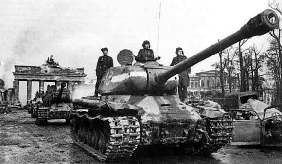 is-2-heavy-tank-04.png