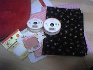 友人からのバレンタインのお返しプレゼント。手芸用品を色々くれました。