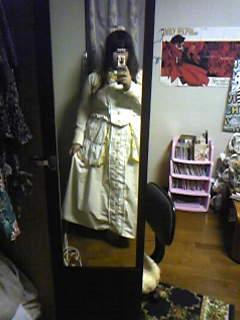 嫁実物・コップレ衣装着用例。あとはカチューム等を作って髪も染めます。
