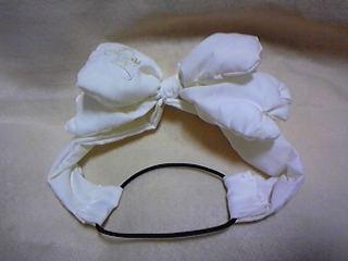 旦那作・嫁用コップレのカチューム。この刺繍は京都西川の布団カバーについていました←