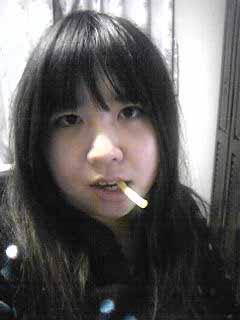 嫁実物、の中に旦那が入るとこうなってしまう。煙草吸えなくてじゃがりこ。