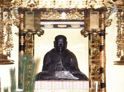 西念寺親鸞聖人座像