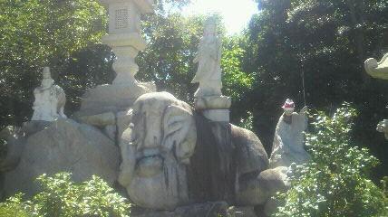 影現寺にある別の観音様です。象(エレファント)に乗っておられます