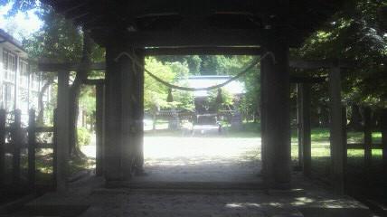 八王子神社山門です。