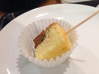 試食のパウンドケーキ