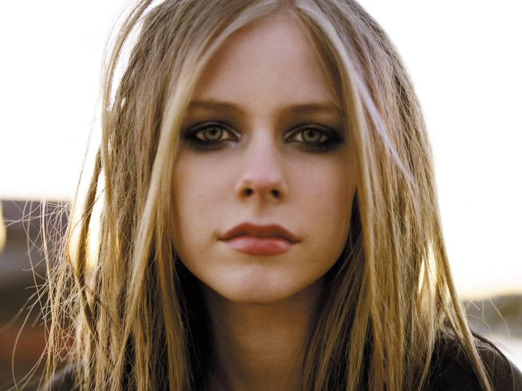 Avril_Lavigne_18.jpg