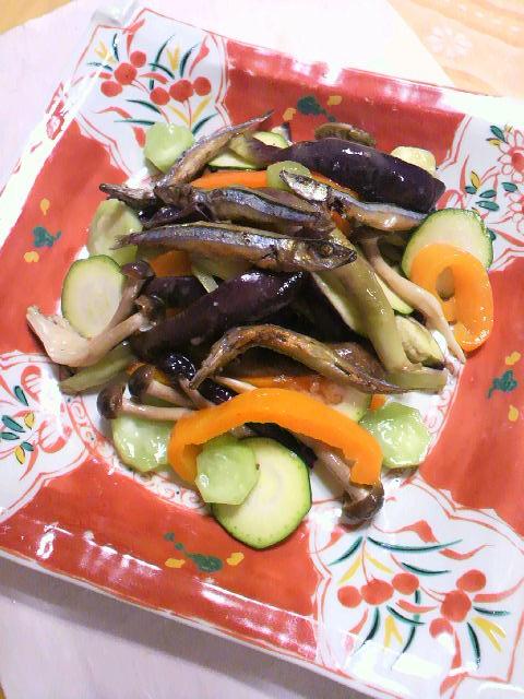 100905キビナゴと野菜のアンチョビドレッシング (1)