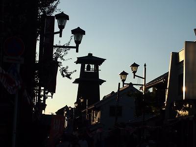 夕暮れの時の鐘