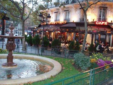 pl. De la Contrescarpe広場の噴水downsize