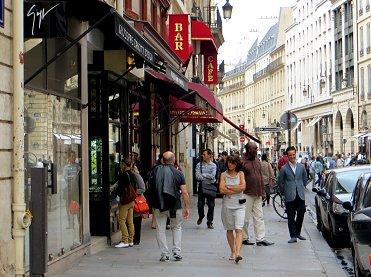 裏道サントノーレ通りにはパリの匂いがするREVdownsize